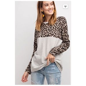 Light Gray Leopard Print Pullover Long Sleeve Top